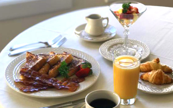 The Oaks Waterfront Inn & Events Maryland Wedding Venues bed and breakfasts platter